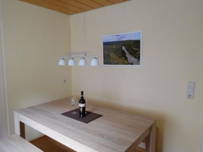 Küche und Eßbereich - Unterkunft in Hessigheim bei Ludwigsburg; Großraum Stuttgart